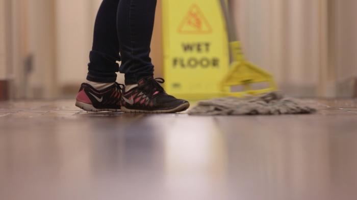 feet & mop